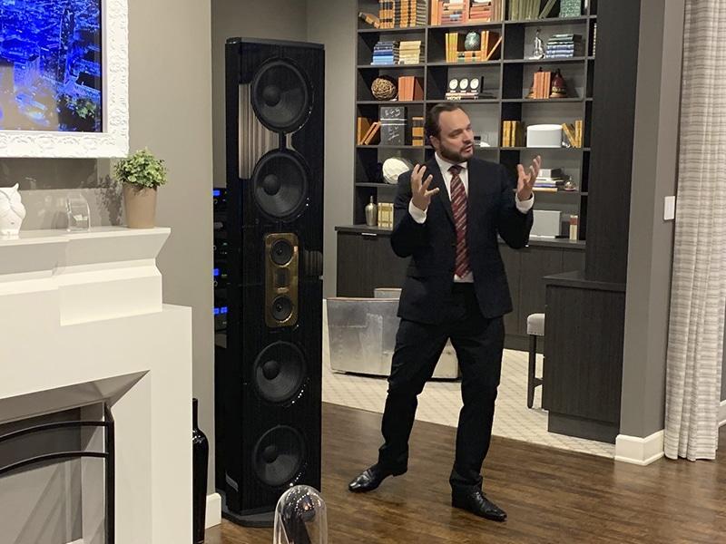 Claus Glaesner presenting Steinway at Woodys Home
